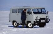 russia_olchon_lake-baikal_uaz-allrad-auto_auf-baikalsee