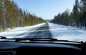russia_irkusk-olchon_taiga_asphaltstrasse_winter