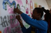comenius-sabe_brest_nov13-studentspraying
