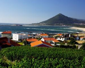 Portugal Nord: MOLEDO, Welle bei Starkwind