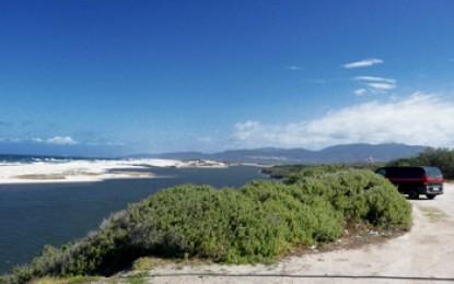 Sardinien Nord + West: KITESURF PARADISE, im Flachwasser mit Charlotte Consorti