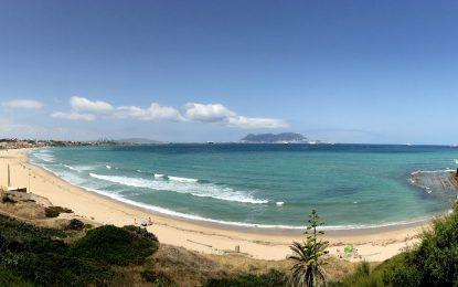 Andalusien, Algeciras GETARES: Kiten im Anlitz Gibraltars – bei Levante extrem