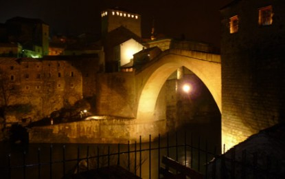 Mostar: Muslimisch-christlicher Schmuckkasten im Vielvölkerstaat Bosnien und Herzegowina