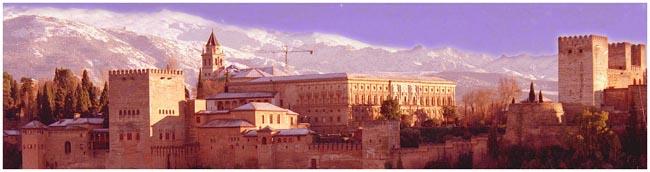Andalusien: Drei weltberühmte Monumente erzählen von einer reichen orientalischen Geschichte. Der Alcazar in Sevilla, die Mesquita in Cordoba und die Alhambra in Granada