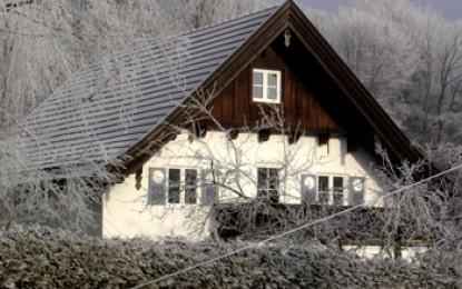Oberbayern, Siegsdorf: Hausrenovierung, Metamorfosis eines ehemaligen Forsthauses