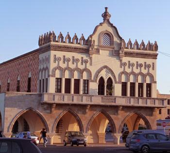 Rhodos: Das Dorf Lindos und die Inselhauptstadt führen lebendig durch die Epochen Südeuropas