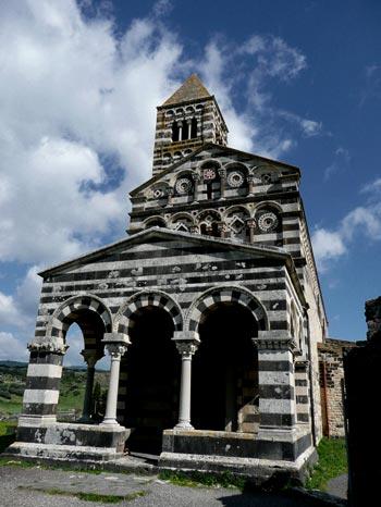 Nordsardinien bei Ardara: Kirchenbau, Orient und byzantinischer Einfluss
