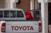 Oman, Masirah-Island Hilf_Toyota-Pickup