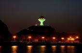 Oman-Muskat_Matrah-Hafen_Weihrauchspender_Nacht