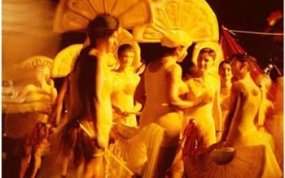 Sydney: Schwule, Lesben und Schaulustige tanzen Madigra